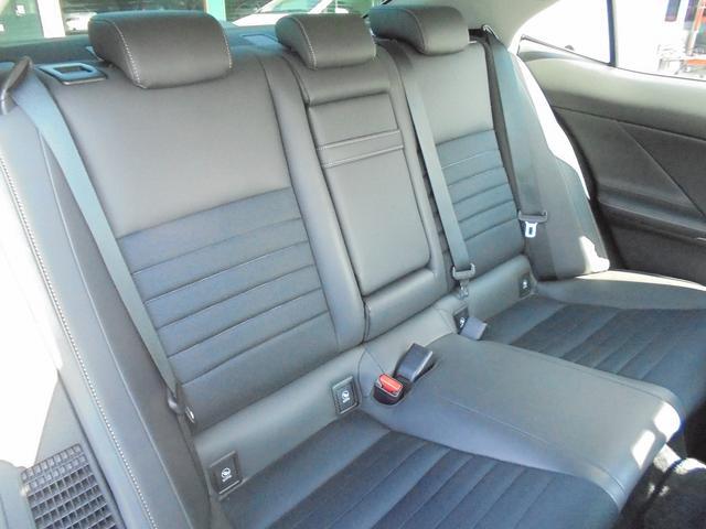 レクサス IS IS300h T-Valueハイブリッド認定車