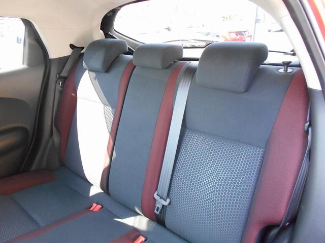 日産 ジューク 15RX タイプV T-Value認定車