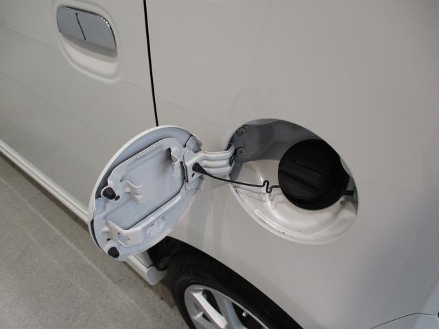 ガソリンの給油口は助手席側にございます☆