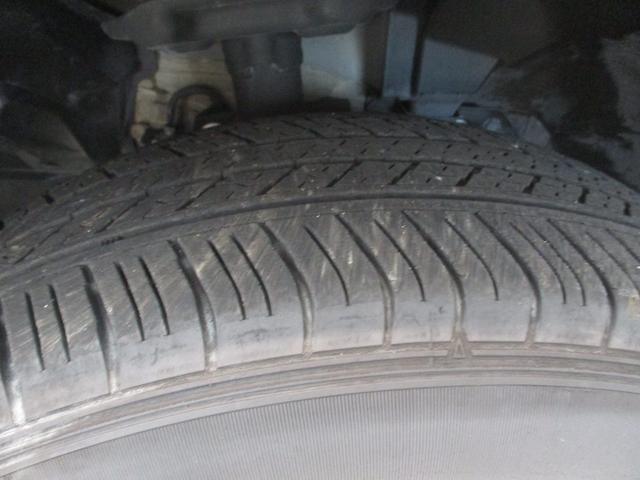 20X ハイブリッド エマージェンシーブレーキ 4WD 衝突被害軽減ブレーキ フルセグナビ バックカメラ Bluetooth対応 DVD再生可 シートヒーター LEDヘッドライト 2,000cc 5人乗り 4WD ETC オートライト 車検整備付(38枚目)