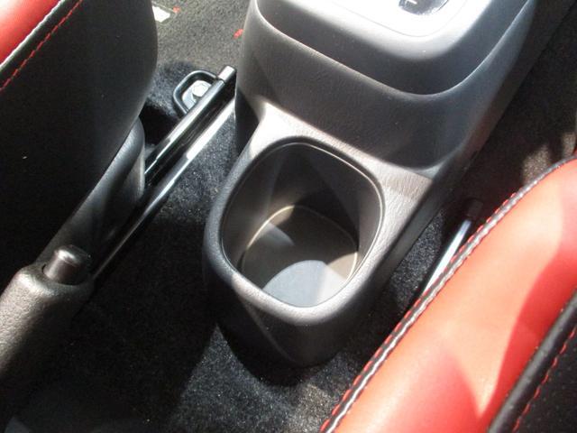 クロスアドベンチャー 4WD インタークーラーターボ パートタイム4WD 運転席シートヒーター ヒーテッドドアミラー 軽SUV 走行距離50,700km台 電動格納式ドアミラー キーレスエントリー ルームクリーニング実施済み(54枚目)
