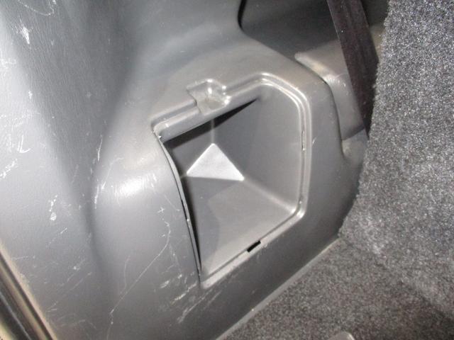クロスアドベンチャー 4WD インタークーラーターボ パートタイム4WD 運転席シートヒーター ヒーテッドドアミラー 軽SUV 走行距離50,700km台 電動格納式ドアミラー キーレスエントリー ルームクリーニング実施済み(61枚目)