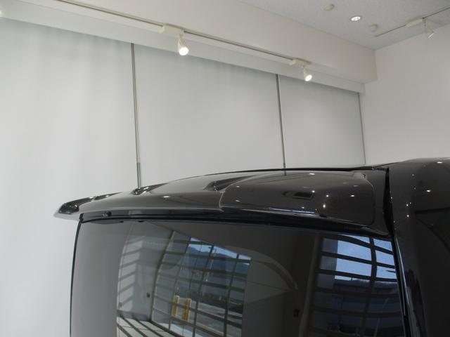 品質にも自信があります!キレイなお車をお届けしたい!そんな気持ちでキレイに仕上げています。フロアマットなどの清掃はもちろん、シート下なども徹底的に清掃しています。
