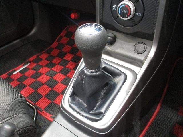 ローブ 5速ミッション車 フルセグナビ Bluetooth対応 DVD再生 バックカメラ ステアリングスイッチ ターボ 電動オープン LEDヘッドライト オートライト ETC車載器 シートヒーター(12枚目)
