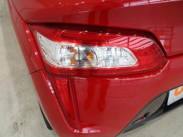 ローブ 5速ミッション車 フルセグナビ Bluetooth対応 DVD再生 バックカメラ ステアリングスイッチ ターボ 電動オープン LEDヘッドライト オートライト ETC車載器 シートヒーター(33枚目)