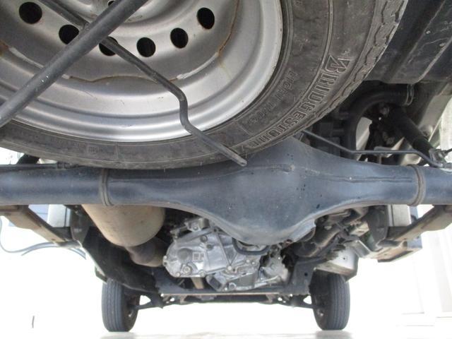 スタンダード 4WD 5速ミッション車 タイミングチェーン パートタイム4WD 5速ミッション車 車検整備付き 走行距離52,900km台 エアコン パワステ バッテリーカバー ゲートプロテクター(58枚目)
