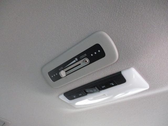 G ハイブリッド フルセグナビ アラウンドビューモニター 衝突被害軽減ブレーキ 両側パワースライドドア 8人乗り アイドリングストップ クルーズコントロール フルセグナビ Bluetooth対応 全周囲カメラ ETC Wエアコン サイドエアバッグ LED(52枚目)