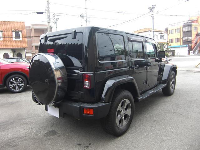 サハラ 黒革シート サイドビューモニター ワンオーナー車(8枚目)