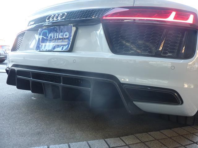 「アウディ」「アウディ R8スパイダー」「オープンカー」「大阪府」の中古車25