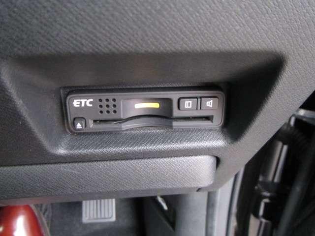 ホンダ ステップワゴンスパーダ Z HIDiphone等音楽入力端子付HDDナビRカメETC