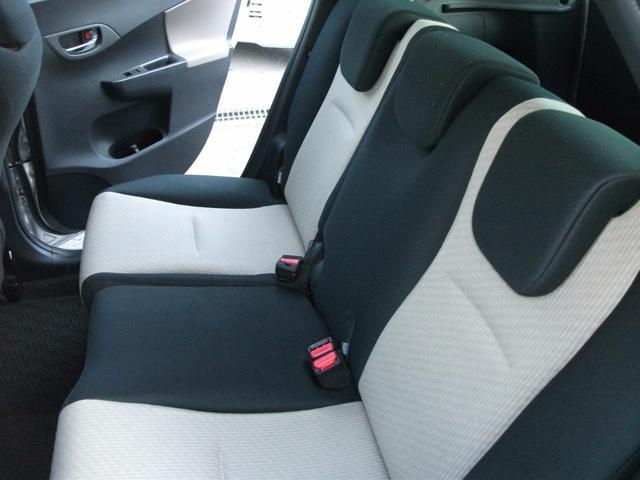 トヨタ ラクティス G 4WD ナビ・バックカメラ スマートキー