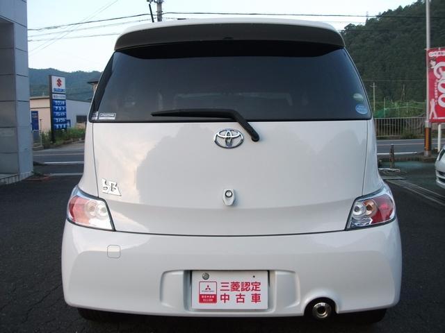 トヨタ bB 1.3S エアロパッケージ ナビ付き