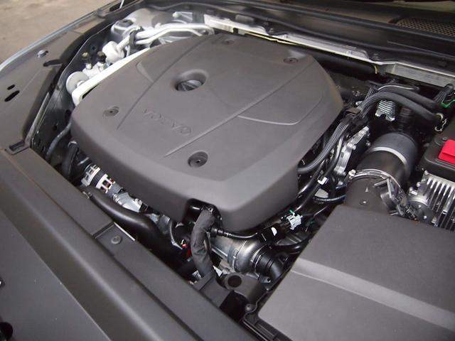 クロスカントリー T5 AWD サマム  35年2月保証(18枚目)