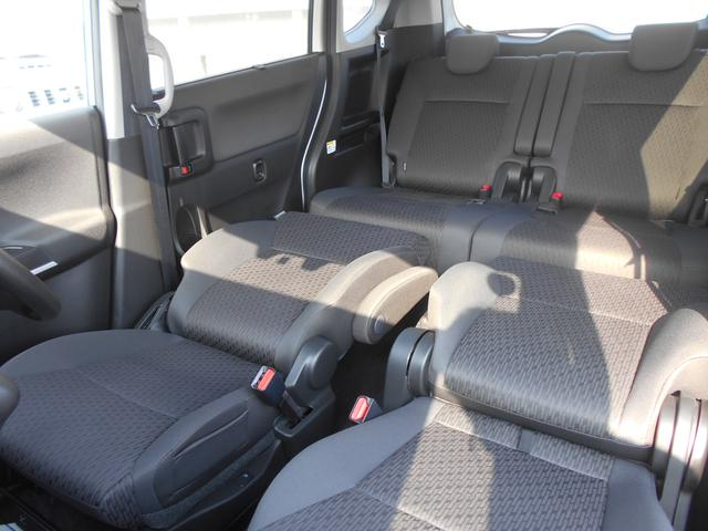 ドライブの休憩時に使いやすいシートアレンジです。