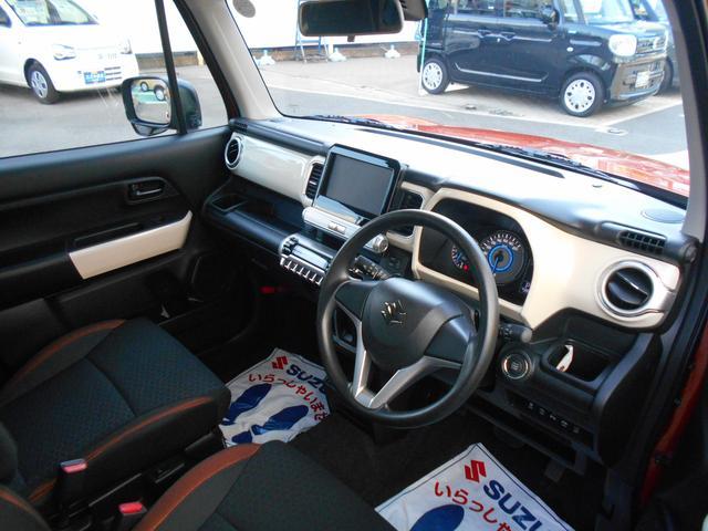 体格・好みに合わせてドライブポジションを調節でき快適ドライブをサポートする運転席回り♪