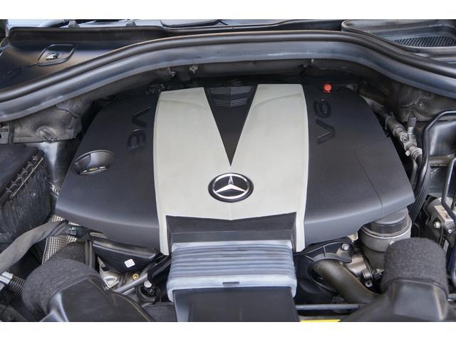 低回転から力強く回り、大柄なミドルSUVも、軽快に走らせてくれるエンジン!!