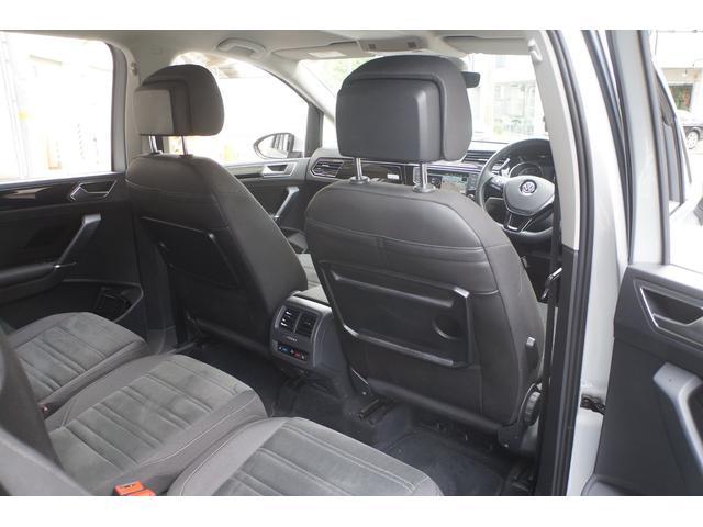 「フォルクスワーゲン」「VW ゴルフトゥーラン」「ミニバン・ワンボックス」「兵庫県」の中古車15