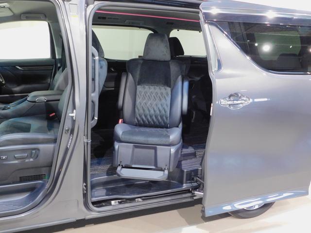 SR 4WD サイドリフトアップシート後席モニター 両側電動(13枚目)