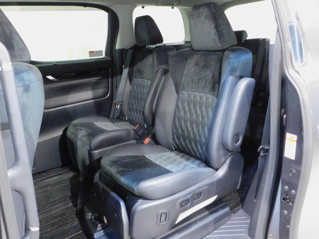 SR 4WD サイドリフトアップシート後席モニター 両側電動(15枚目)