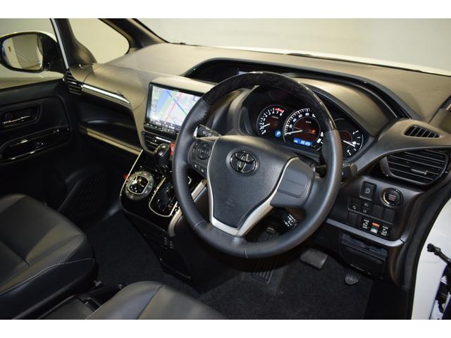 Gi 衝突軽減S Bluetooth LEDライト 両側自動ドア Bモニター アイドリングストップ クルーズコントロール フルフラット リアオートエアコン シートヒーター DVD再生 フルセグ ナビTV(25枚目)