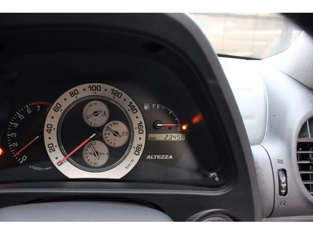 トヨタ アルテッツァ AS200 iエディション 禁煙車 記録簿