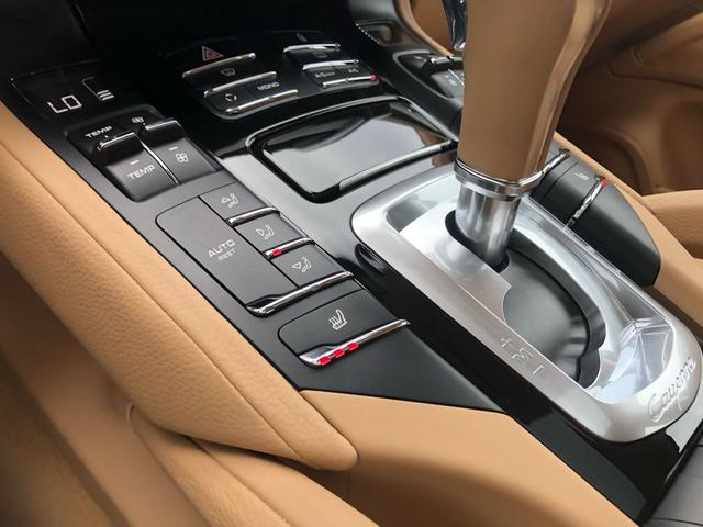 「ポルシェ」「ポルシェ カイエン」「SUV・クロカン」「京都府」の中古車46