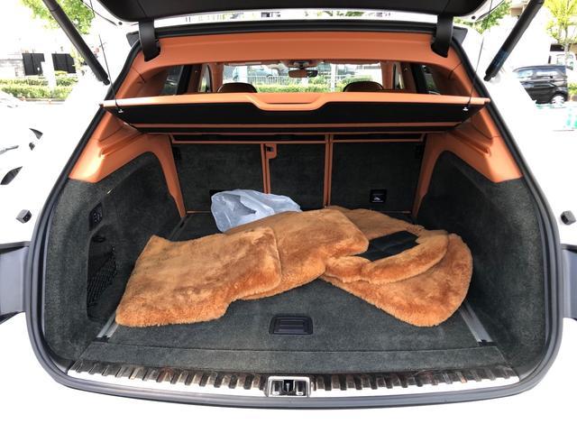 「ベントレー」「ベンテイガ」「SUV・クロカン」「京都府」の中古車50