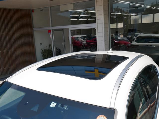 Sグランルッソ 正規ディーラー車 法人ワンオーナー 禁煙 ツインターボ430馬力エンジン エルメネジルドゼニアダークシルクインテリア パノラマサンルーフ 純正ナビ 地デジTV 360度カメラ ドライバーアシスタンスP(9枚目)