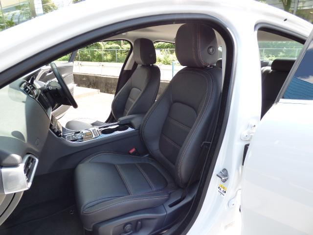 ジャガー ジャガー XE プレステージ 新車保証付