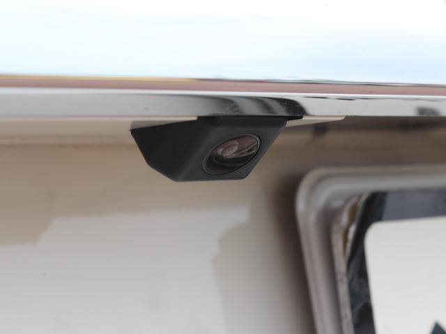 バックカメラを装備しているので、駐車が苦手な方も安心して運転していただけます!