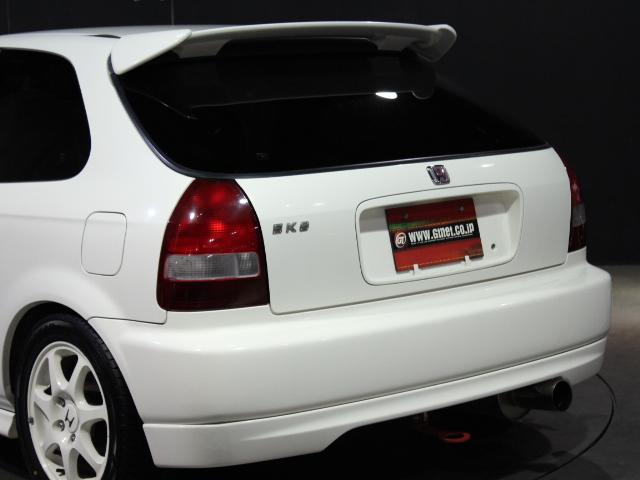 タイプR 後期モデル 無限車高調 フジツボマフラー(8枚目)