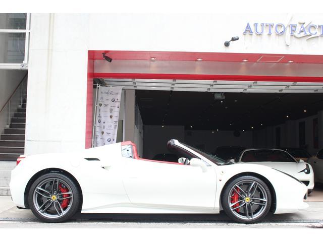 「フェラーリ」「フェラーリ 488スパイダー」「オープンカー」「大阪府」の中古車4