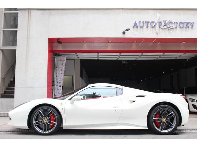 「フェラーリ」「フェラーリ 488スパイダー」「オープンカー」「大阪府」の中古車5