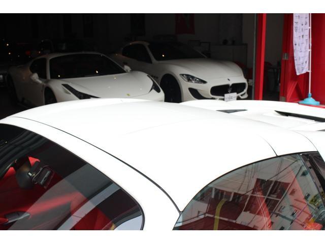 「フェラーリ」「フェラーリ 488スパイダー」「オープンカー」「大阪府」の中古車17