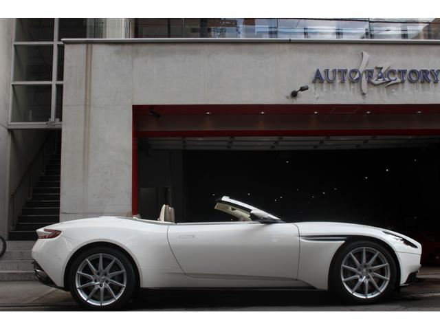 「アストンマーティン」「アストンマーティン DB11」「クーペ」「大阪府」の中古車4