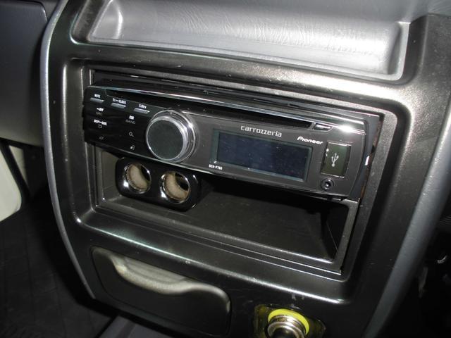 管理ユーザー様下取!145671キロ時タイミングベルト交換済CD&USB!パイオニアCDデッキ&パイオニアスピーカー&USB接続!エアコン&パワステ!荷台ウッド板&ラバーマット付で美美です!!