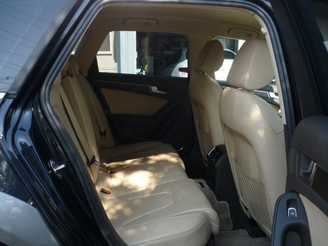 「アウディ」「A4」「SUV・クロカン」「滋賀県」の中古車12