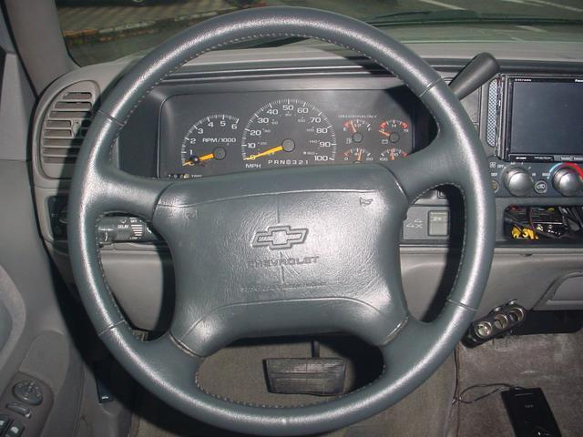 「シボレー」「シボレーサバーバン」「SUV・クロカン」「滋賀県」の中古車12