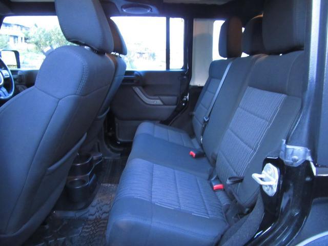 「その他」「クライスラージープ ラングラーアンリミテッド」「SUV・クロカン」「滋賀県」の中古車17