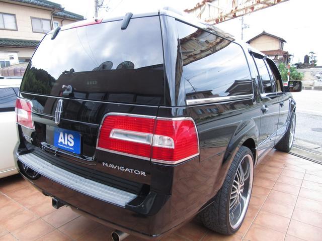 「リンカーン」「リンカーン ナビゲーター」「SUV・クロカン」「滋賀県」の中古車9