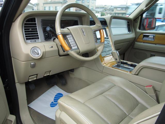 「リンカーン」「リンカーン ナビゲーター」「SUV・クロカン」「滋賀県」の中古車15