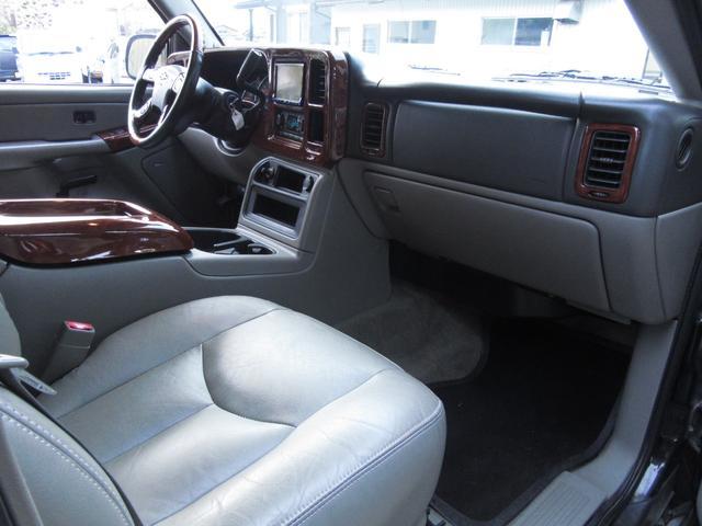 「シボレー」「シボレー サバーバン」「SUV・クロカン」「滋賀県」の中古車21