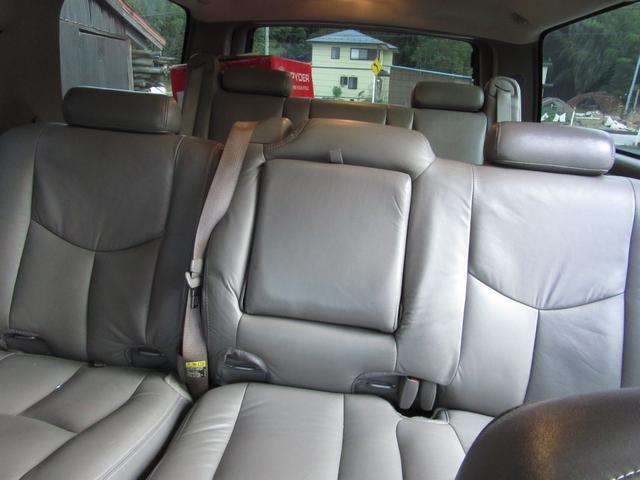 「シボレー」「シボレー サバーバン」「SUV・クロカン」「滋賀県」の中古車23