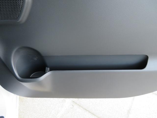 GターボリミテッドSA3 届出済未使用車 両側電動パワスラ 追突被害軽減ブレーキ スマアシ3 リヤコーナーセンサー スマートキー LEDヘッドライト 両側電動スライドドア オートエアコン オートライト(68枚目)