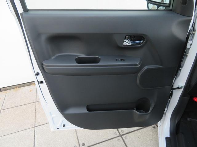 GターボリミテッドSA3 届出済未使用車 両側電動パワスラ 追突被害軽減ブレーキ スマアシ3 リヤコーナーセンサー スマートキー LEDヘッドライト 両側電動スライドドア オートエアコン オートライト(69枚目)