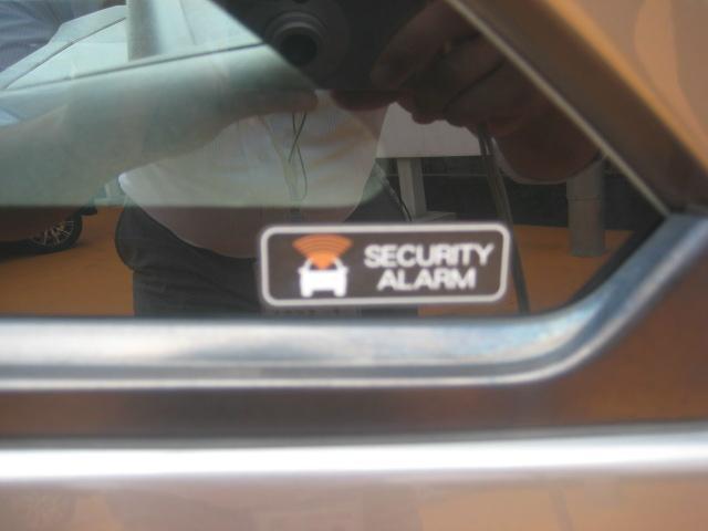 盗難防止装置でお車を守ります!