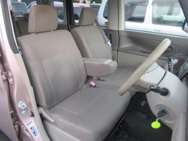 ご購入頂いた後も安心してお乗り頂けるよう、点検のハガキなどの連絡をさせて頂いております!お車のことならなんでもお任せ下さい!