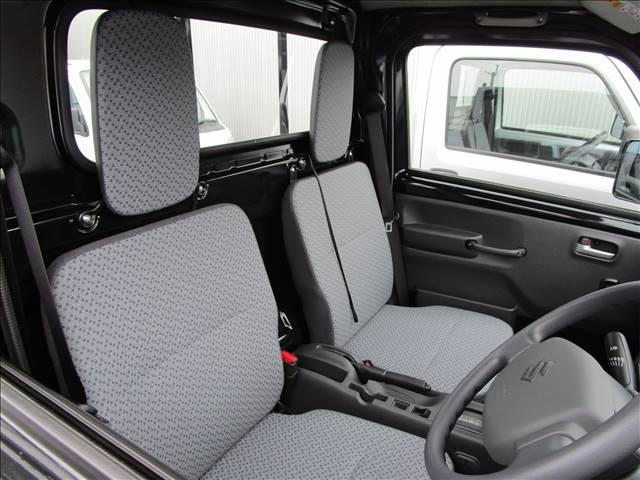 届出済み未使用車に関しては各メーカーの保証を継承致します。遠方のお客様も安心してお近くの各メーカーのディーラーにて保証を受けて頂くことが出来ます。