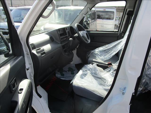 デラックス 4WD 4AT ハイルーフ(15枚目)