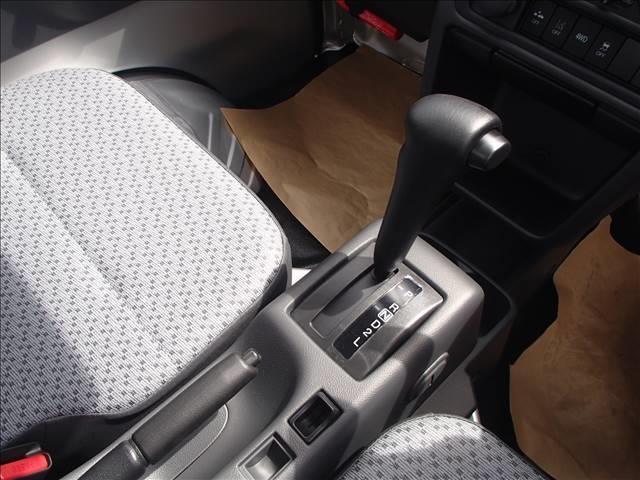 KC 4WD AT DCBS エアコン パワステ AM FMラジオ 両席エアバッ ABS 三方開 アングル 間欠ワイパー(8枚目)